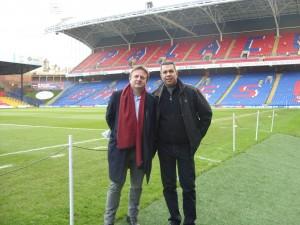 Crystal Palace Başkanı Stephen Browett ile birlikte Aralık 2012