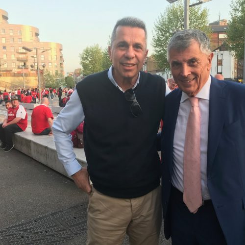 Arsenal'in eski başkanı David Dein ile...